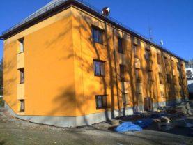 """Čeladná – revitalizace bytového domu pro dotační program """"Zelená úsporám"""""""